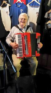 Mike Accordion